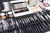 化淡妆需要哪些化妆品 淡妆怎么化才好看